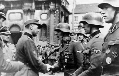 WW2 Picture Photo Léon Degrelle speaking to troops at Belgium 1944 Sepp 2472