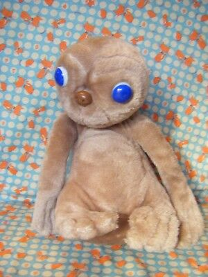 """Vintage E.T Extra Terrestrial 12"""" approx soft toy 1982 kamar Universal Studios"""