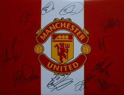 "Manchester United FC Signed 16"" x 12"" Football Photo x 11 inc Fletcher + Evans."