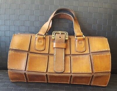Vintage leather unusual Design Dr style Hand bag (Unique)