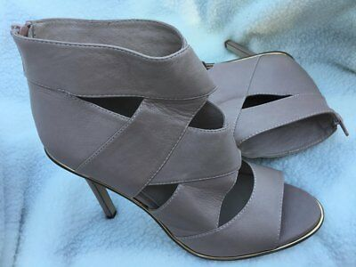 Wittner 'antonn' Ladies Size 8.5 (39) Latte Coloured Leather High Heels Zip Back