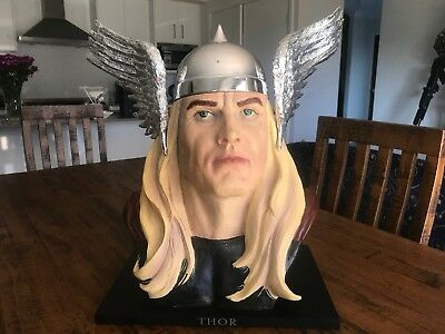 THOR Life Size Bust 1:1 Marvel Licensed  RARE  LTD ED Dynamic Forces BOXED / OLD