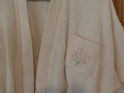 "Pale Pink "" Lady Kae "" Ladies Chenille Dressing Gown. 2 pockets. Size S.+ Belt"