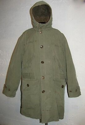 Original US Army M-1945 Parka with Correct Alpaca Liner. Size Large.