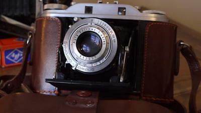 Agfa Isolette III  -f4.5 / 85mm Solinar  BLACK Leather bellows -CLA'd