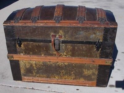 "KW-612 Antique Dome Top Steamer Trunk STEAMPUNK WOOD METAL 30"" X 18"" X 22"" TALL"
