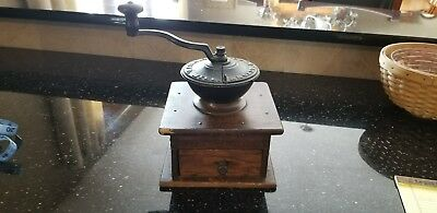 "OLD c.1900 ARCADE ""FAVORITE MILL"" ANTIQUE COFFEE GRINDER MILL"