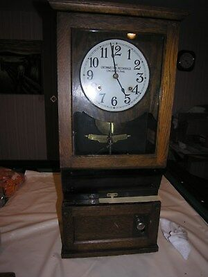 Cincinnati Time Recorder antique time clock/ punch clock