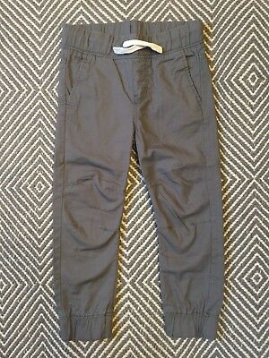 NWOT H&M Boys Gray Cotton Joggers Size 3-4 Years