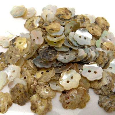 100PCs Lot New Sewing Buttons Flower Shape Seashells Scrapbooking DIY Crafts