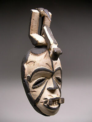 AUTHENTIC ~ Classic Old  IGBO AGIRIGA Mask from Nigeria ~ STRIKING !!!