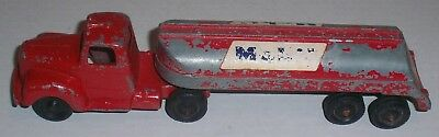 VINTAGE TOOTSIE TOY  1950-60's STYLE MACK? SEMI CAB TRUCK & MOBIL TANKER TRAILER