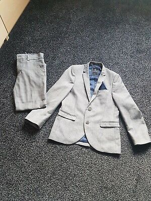 Boys next suit age 8 years worn once