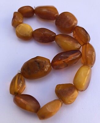 Antique Natural Butterscotch Egg Yolk Baltic Amber Beads Necklace 41.4 Grams
