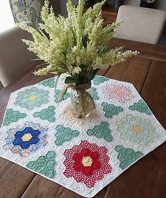 """Sweetest Vintage 30s Flower Garden Table Quilt 30x26"""" Only One"""