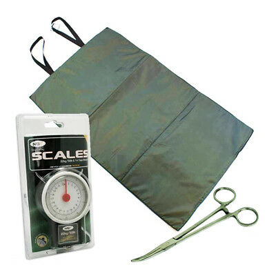 "NEW CARP FISHING UNHOOKING LANDING MAT + 50LB 22KG SCALES + 6"" Curved Forceps"
