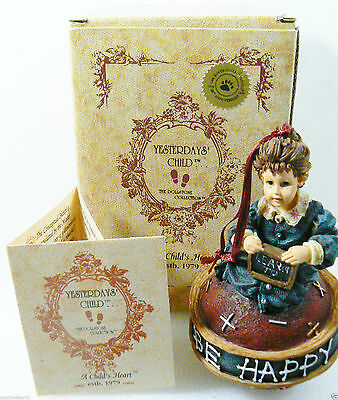 Nib Boyds Yesterdays Child - Michelle...reading Is Fun - Standup Or Ornament
