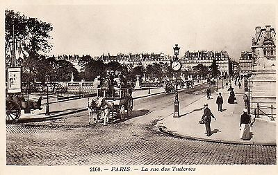 CPA PARIS.La rue des Tuileries.Belle animation.