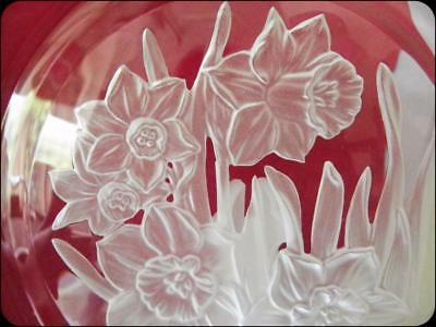 Daffodil Glass Lead Crystal Plate made by Hoya Japan signed NEW IN BOX