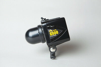 AlienBees™ B800 Flash Unit (second of two items)