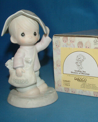 Precious Moments Figurine - pm 520683, Sending You Showers of Blessings w/box