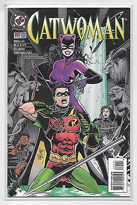 """Catwoman #25 DC comic book. """"The Crooked House"""", by Jim Balent, Chuck Dixon 1995"""
