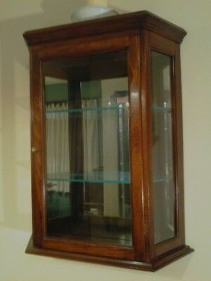 Solid Cherry & Glass Wall Curio Cabinet - Early American/Colonial style: EX+!