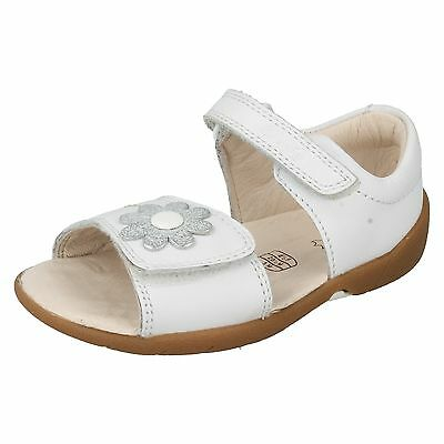 d5fddb861 Infant Girls Clarks Leather Riptape Casual Beach Shoes Summer Sandals  Softly Eve