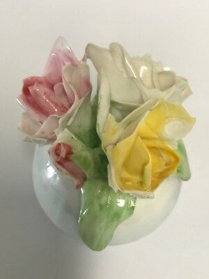 WEMBLEY WARE, Small Vase (5.5cm) with Three Rose Flowers and One Bud