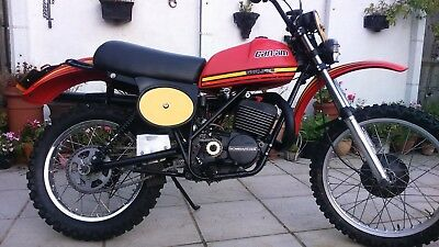 Can-am Qualifier 1977 250cc enduro very rare excellent condition .road reg v5c