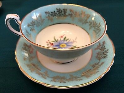 Vintage Paragon tea cup and saucer in excellent as is condition