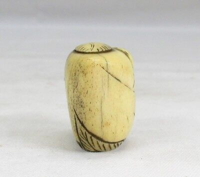 G028: REAL Japanese old cultural NETSUKE with good sculpture for INRO, etc