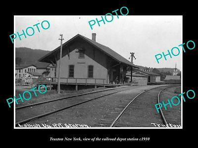 OLD LARGE HISTORIC PHOTO OF TRUXTON NEW YORK, THE RAILROAD DEPOT STATION c1910