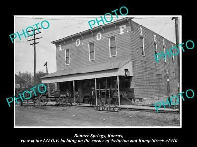 OLD LARGE HISTORIC PHOTO OF BONNER SPRINGS KANSAS, THE IOOF BUILDING c1910