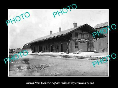 OLD LARGE HISTORIC PHOTO OF ITHACA NEW YORK, THE RAILROAD DEPOT STATION c1910