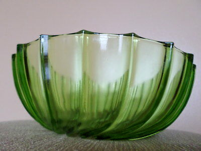 Vintage Bowl Large Green Iridescent Glass Collectible Sald Fruit Decorative Dish