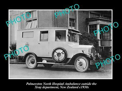 OLD LARGE HISTORIC PHOTO OF PALMERSTON NORTH NZ, THE HOSPITAL AMBULANCE c1930