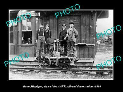 OLD LARGE HISTORIC PHOTO OF BOON MICHIGAN, THE RAILROAD DEPOT STATION c1910