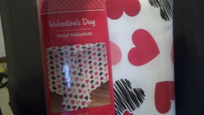 New Valentines Day Vinyl Tablecloth 60 X 84 Red Black Pink 9 99