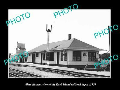 OLD LARGE HISTORIC PHOTO OF ALMA KANSAS, THE ROCK ISLAND RAILROAD DEPOT c1950