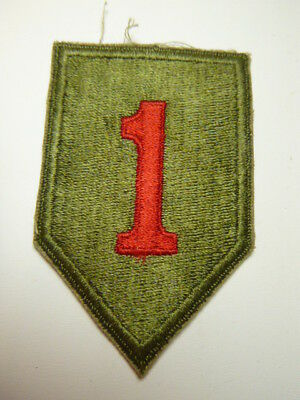 A     WW 2 U S Army 1st Division  Cut Edge Snow Back Patch