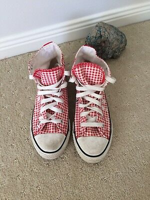 Converse Girls Shoes 2.5 Red checked 34 embroidered floral 21cm high tops EUC