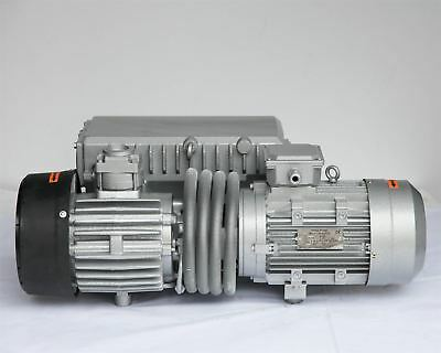 Industrial Rotary Vane Vacuum Pump 3KW 50Hz Air Cooling Humidity Extractor