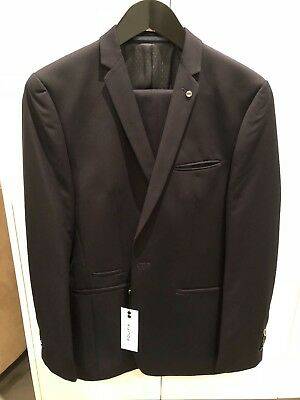 Politix Finley Tailored Suit Jacket (Size M) & Newman Pants Skinny Fit (Size 32)