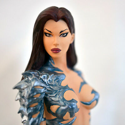 "Moore Creations: ""Witchblade Statue II"" 1477/4000 (Michael Turner Image Top Cow)"