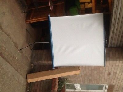 blue & howell old folding projection screen
