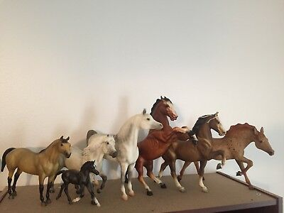 Breyer lot of Five vintage horses, good to excellent condition
