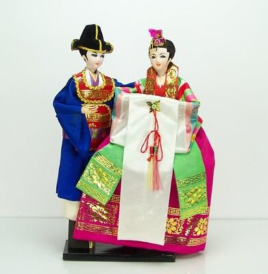 "17"" Vintage Pair Boy and Girl Chinese Asian Dolls in Traditional Dress EXCELLENT"