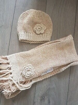 Camel colour hat and scarf set