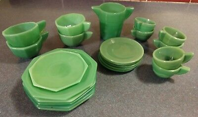 Akro Agate Children's Dishes Lot of 22 Green